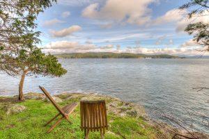 Shaw Island Waterfront Cabin